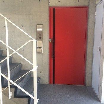 赤い扉がキュンときます