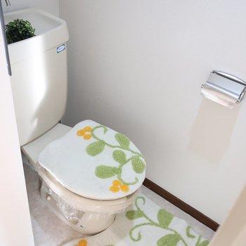 トイレはカバーで彩りをプラスしましょ◎(※写真はモデルルームです)