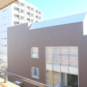 眺めは自由が丘の四谷学院が見える!※写真は4階からの眺めです