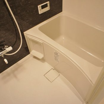 追い焚きに浴室乾燥機付きの最強バスルーム♡