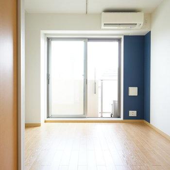 居室は2つとも片面コンクリ!※写真は4階の同間取り別部屋のものです