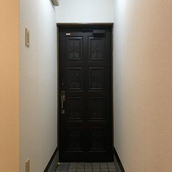 玄関はくつ置きを用意しましょう!