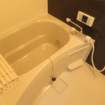 お風呂も最新設備