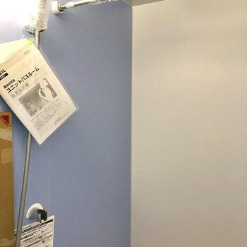 浴室乾燥機もついてて助かる!※写真は物件改装工事中のものです