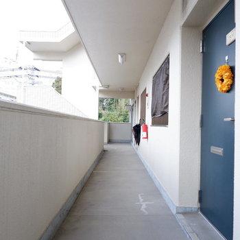 共用部も整備されています。※写真は3階の同間取り別部屋のものです。