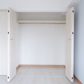 【洋室①】もちろん収納あります!※写真は3階の同間取り別部屋のものです。