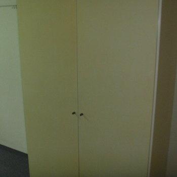 ローズマンションF-11番館