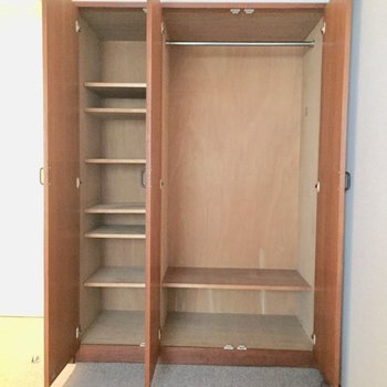 ここに入らなければ収納棚を作るか、断捨離して来るか。※写真は2階の同間取り別部屋ものです