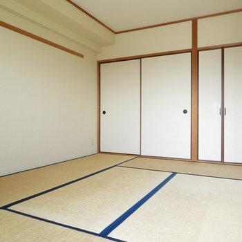 和室に寝転がりたい(※写真は5階の同間取り別部屋のものです)