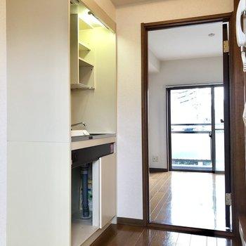 キッチンは廊下にあります。※写真は前回募集時のものです