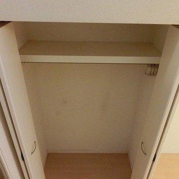 階段から取っているので小さく見えますが、2メートルくらいはある※写真は3階同間取りの別部屋