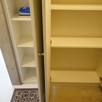 下駄箱もゆったり♪※写真は同階の反転間取り別部屋のものです。