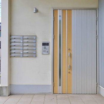 こちらがマンションの入り口。