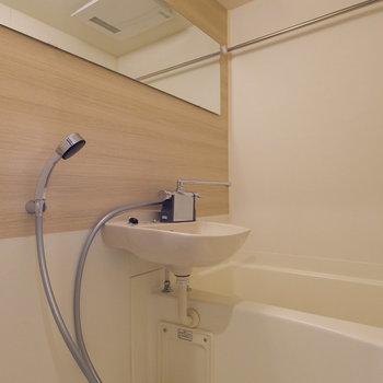 お風呂には浴室乾燥もついていますよ!