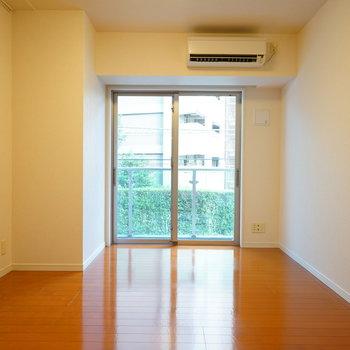 8.1帖の使いやすいお部屋!※写真は2階の同間取り別部屋のものです