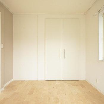 【イメージ】使い勝手の良い寝室ですね◎※写真は似た間取りの別部屋です