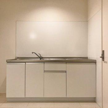 キッチンも統一感あっていいね!※写真はクリーニング前