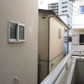 2階別部屋からの眺望です。募集は1階なので、もう少し下の眺めになりそう。