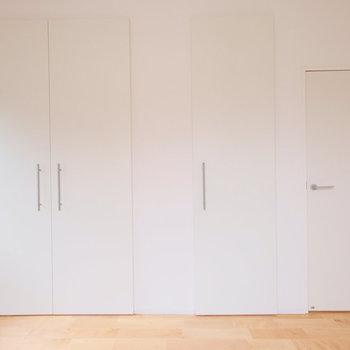 こっちも同容量の収納なのです!3つの居室、フェアな収納力。
