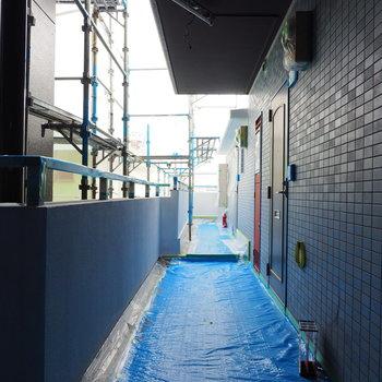 共用廊下もがっしりした印象※写真は前回募集時のものです