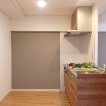 調理スペースはとってもひろ~い!※写真は同間取り別部屋のものです。