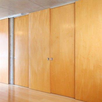 こちらの扉の中は、