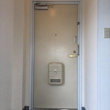 玄関収納はご用意くださいね
