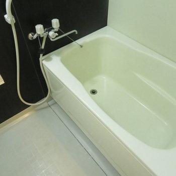 お風呂も綺麗なものです。※写真は前回募集時のものです。