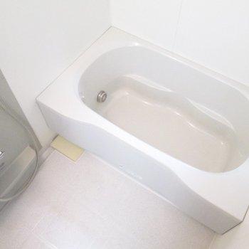 【2F】浴室乾燥機付です。