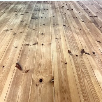 無垢床、この素材感がいい!