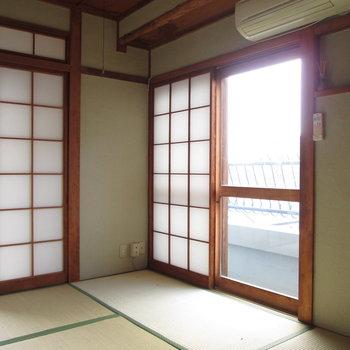 【4.5帖和室】窓もあり採光も良好です!