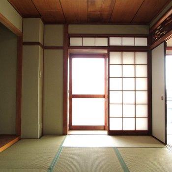 【6帖和室】趣ある和室です。