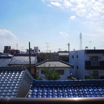 高い建物がなくて青空がよく見える!