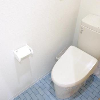 トイレはウォシュレット付き※写真は別部屋
