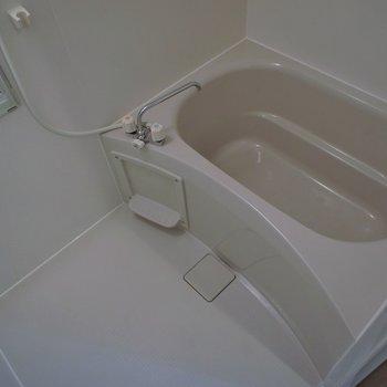 お風呂はシンプルに※写真は、前回撮影時のもの