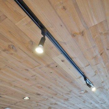 天井の木の木目にうっとり♡※写真は、前回撮影時のもの
