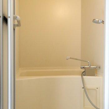 バスルームは鏡付きです◯