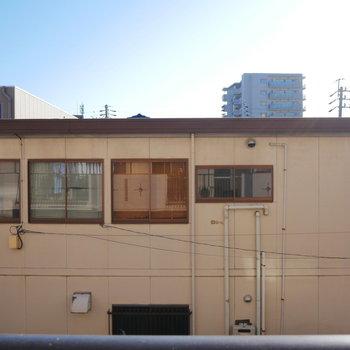 眺望はお隣の建物