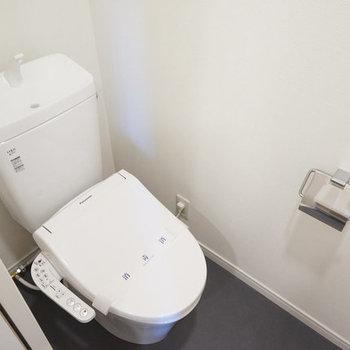 【イメージ】トイレも新品、ウォシュレット付き