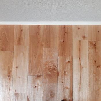 床材】なんとカバザクラの無垢床!これがオシャレ度を増すんです!