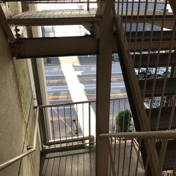 少し運動したいときは階段で