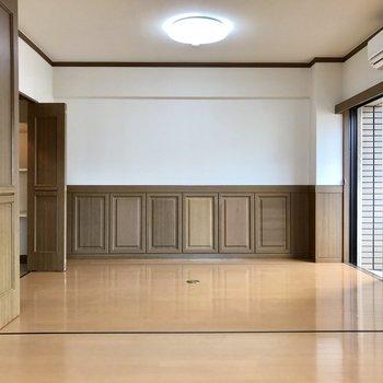 居室の中央部分を開放すれば広々空間。