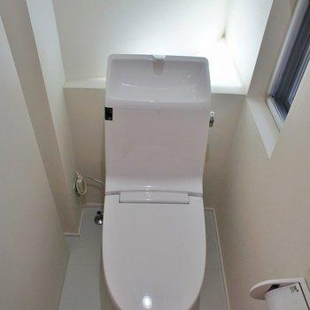 トイレもなんだかスタイリッシュ♪