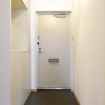 玄関は広いの!
