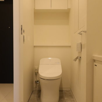 トイレもここに。※写真は14階の同間取り別部屋のものです