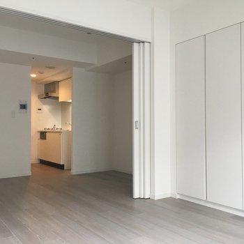 光がしっかり入ります◎※写真は3階同間取り別部屋のものです