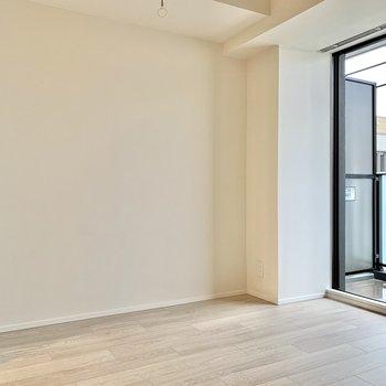 家具は白で統一したいですね