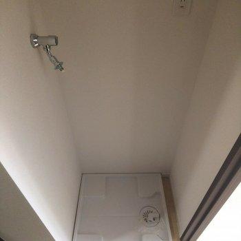 洗濯機置場は廊下にあります。※写真は前回募集時のものです