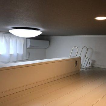 ロフトにいながら照明消すこともできるのです。