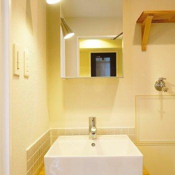 【イメージ】洗面台は造作でお洒落! ※前回施工の別部屋
